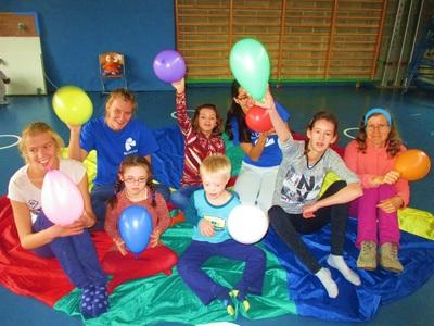 10.000 luchtballonnen - swing & spring drongen